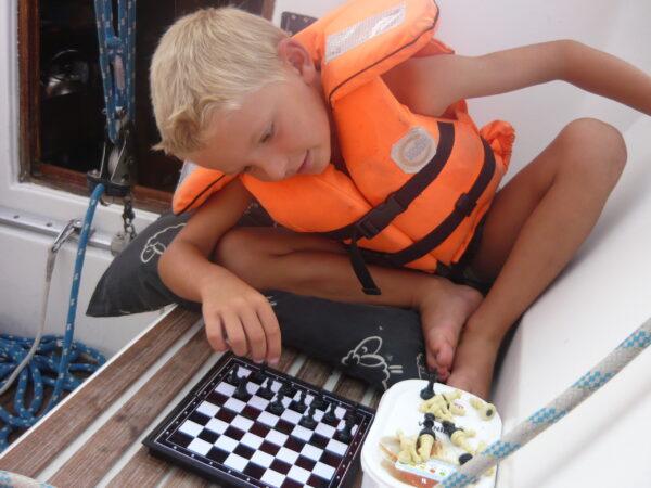 Warcaby czy już szachy?